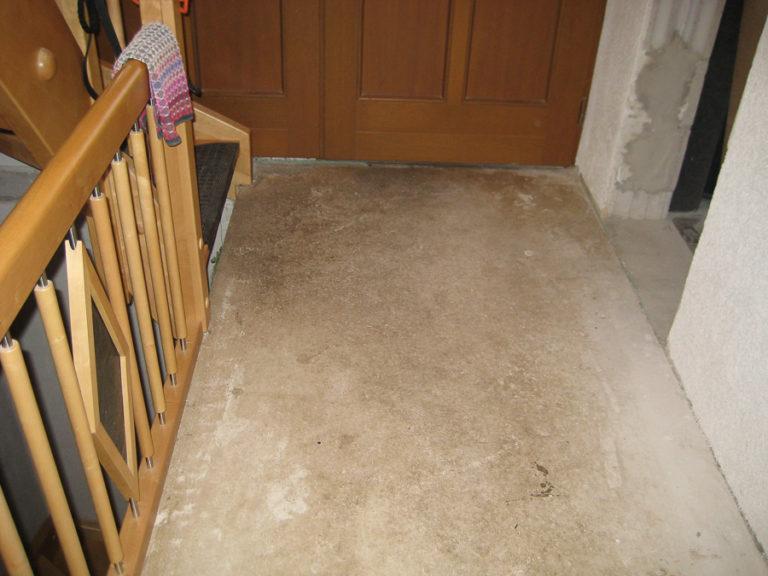 Der alte Teppich wurde entfernt
