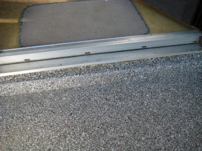 Sauber sanierte Betonbodenplatte - optimaler Schutz gegen weitere Frostschäden